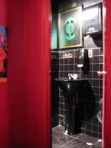 Paddy's mens room