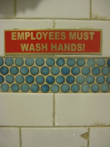 Silvana says EMPLOYEES MUST WASH HANDS
